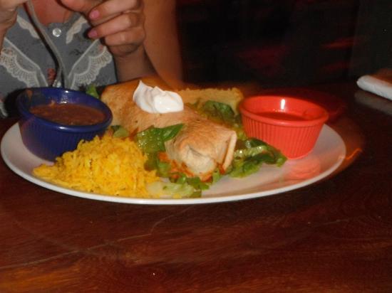 Jimbo's Rock & Blues Cafe: Chicken chimi.... yummmmm