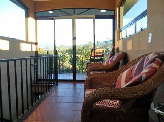 B&B Vista Los Volcanes : Rooftop lounge, viewing area and porch
