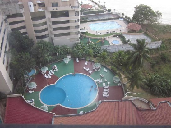 Plaza Paitilla Inn: The pool from my room
