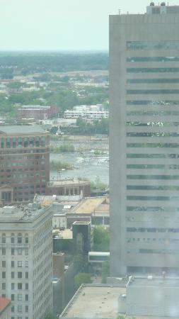 City Hall Observation Deck: Can you see the river?
