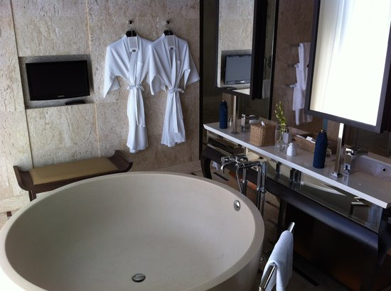 Conrad Koh Samui: Bath room