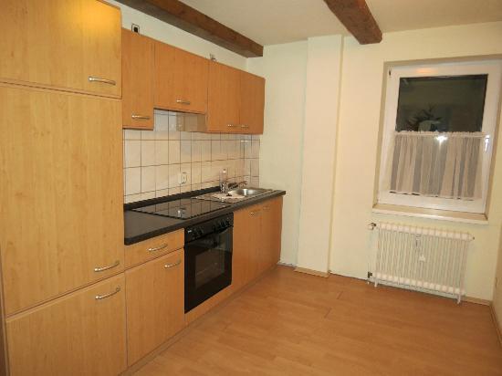Apart Hotel Wernigerode: Well-equipped kitchen