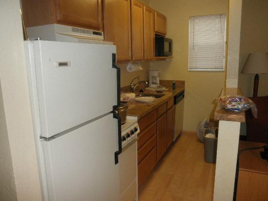 TownePlace Suites Phoenix North: kitchen