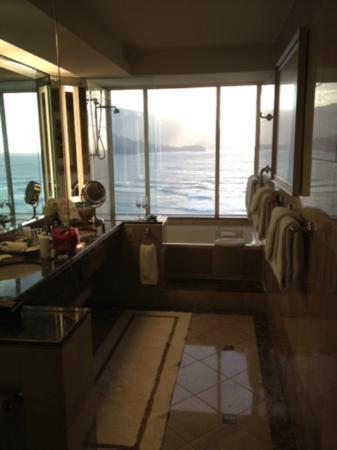 St. Regis Princeville Resort: Bathrrom