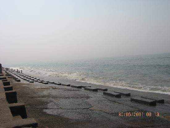 Midnapore, อินเดีย: Digha Sea Beach near bazar