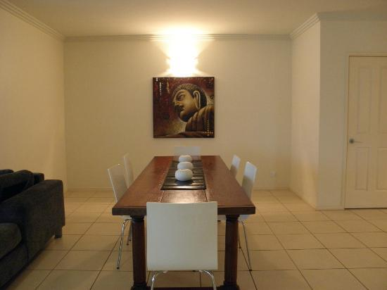Piermonde Apartments: Dining room