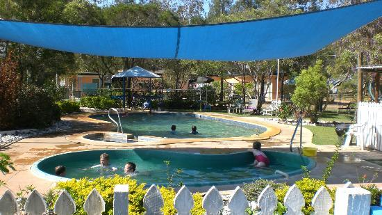 Innot Hot Springs Health and Leisure Park: The Cool and Slightly warm pool.