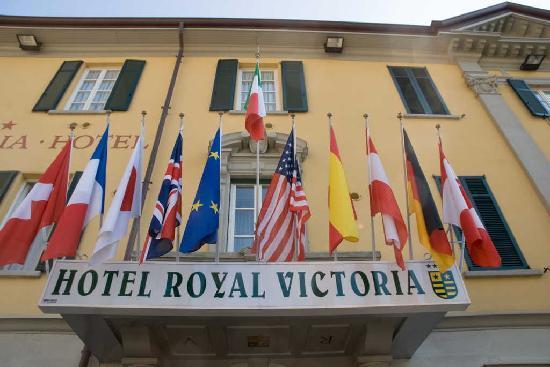 Royal Victoria: insegna