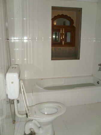 Haveli Hotel: No curtain on Bathroom Window - 8th Apr'12