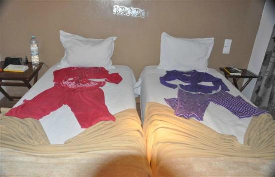 Hotel Anjo Azul: come abbiamo trovato i nostri pigiami la sera (troppo carino. abbiamo riso tanto)