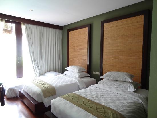Pradha Villas: Second bedroom