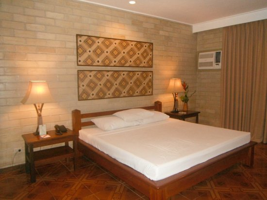 Cebu White Sands at Maribago Beach : Courtyard Room