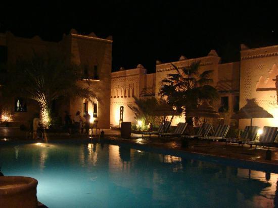 Kasbah Tizimi: la terrasse de nuit