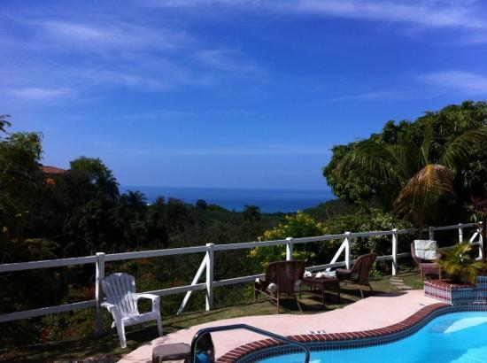 The English Rose / La Rosa Inglesa - GUESTHOUSE: View from Brunel Suite