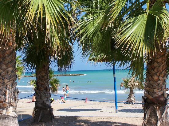 Hostal Casa Paco: plage de chilches