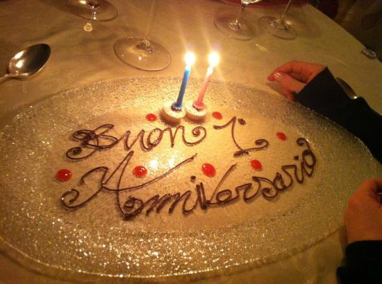 Ristorante Esplanade: Lo chef ha saputo della ricorrenza e prima del dolce ha creato questo.