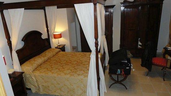 Hotel Vico Regio: my bedroom