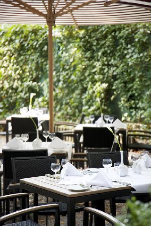 Restaurant Weinrot Garten
