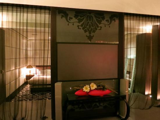 มู่หลานโมเต็ล ไทเป: Salotto con mega screen per tv e video