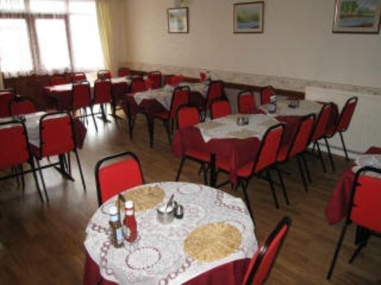 Sharn-Bek Hotel: Dining Room