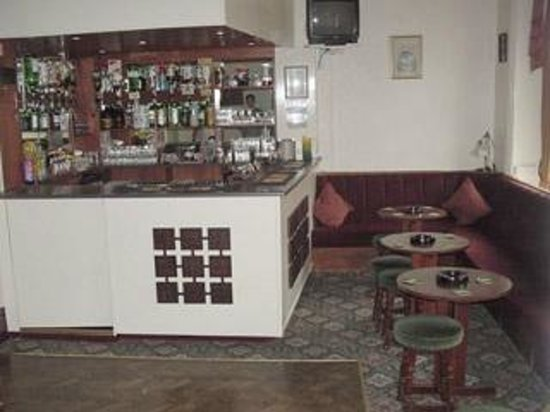Sharn-Bek Hotel: Bar