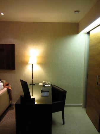 K West Hotel & Spa: Escritorio