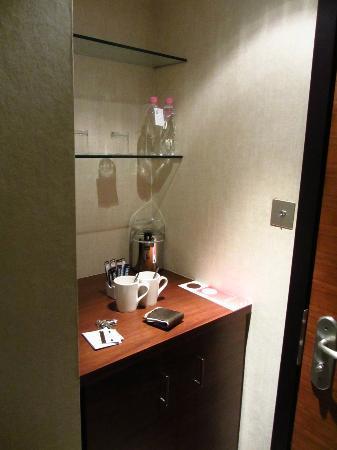 K West Hotel & Spa: Kitchenette