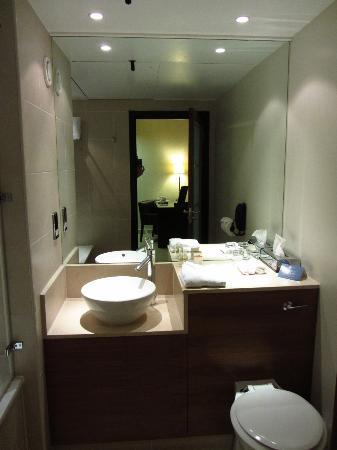 K West Hotel & Spa: Baño