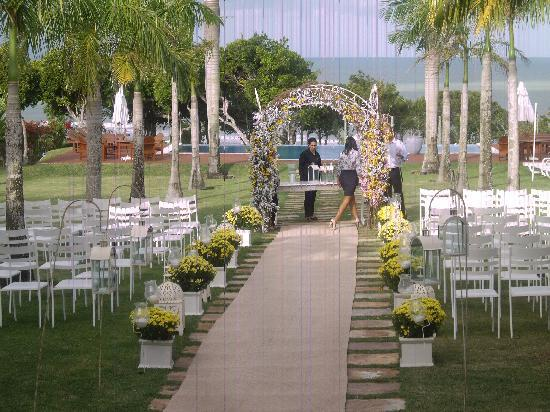 Casa Grande Sao Vicente: Casamento no jardim