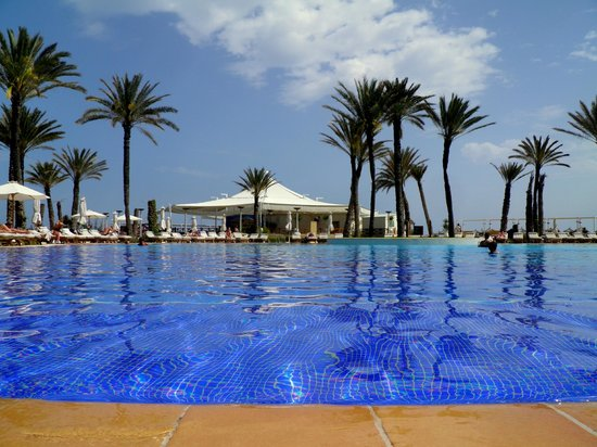 Moevenpick Resort & Marine Spa Sousse: Main Pool