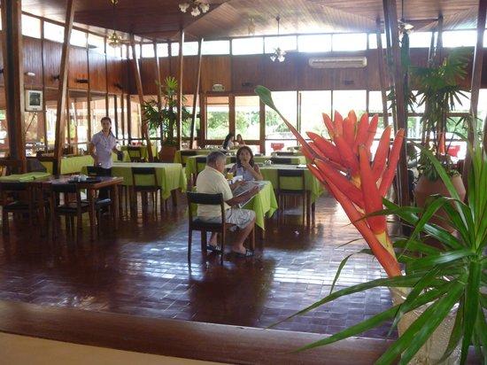 Hotel ACA Eldorado: Salón del desayuno