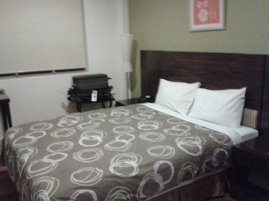 City Garden Hotel: room