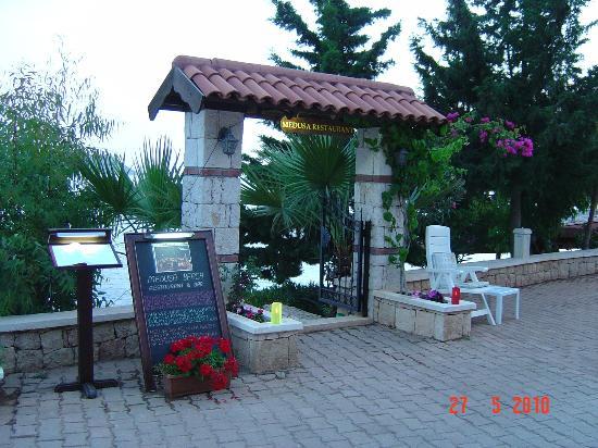 Medusa Hotel & Restaurant: Giriş