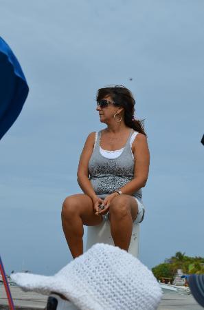 Posada Guaripete: Fabíola no cais aguardando o nosso passeio
