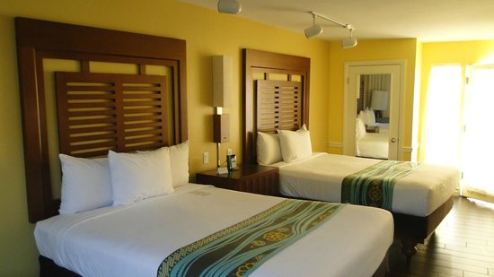 Paradise Point Resort & Spa: Our room