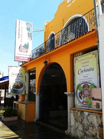 El Guacamayo: Fachada