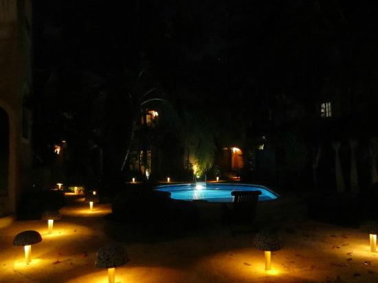 BRIC Hotel & Spa: evening