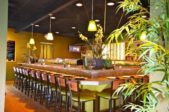 Nagoya Japanese Steakhouse and Sushi: Sushi Bar