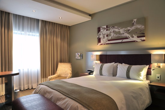 ‪‪Holiday Inn Johannesburg-Rosebank‬: Holiday Inn Johannesburg - Rosebank King Bedroom‬