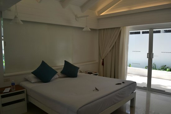 Thavorn Beach Village Resort & Spa : :)