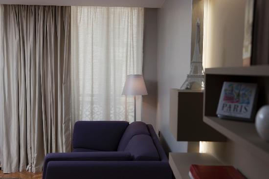 Salon Deluxe - Bild von Nell Hotel & Suites, Paris - TripAdvisor