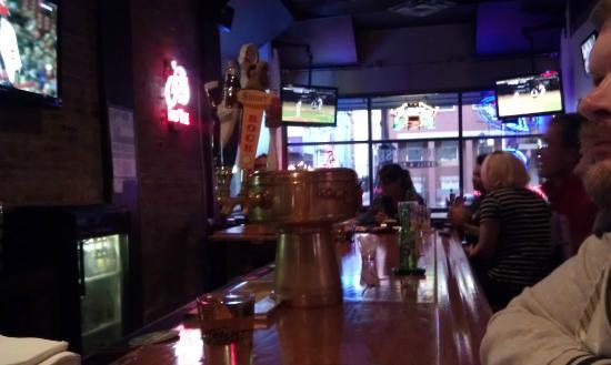 Brickhouse Grill & Pub: Interior - Front