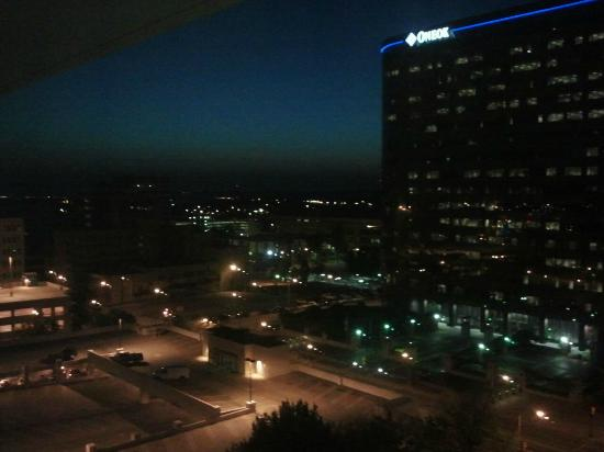 Holiday Inn Tulsa City Center : The view from our room! Beautiful