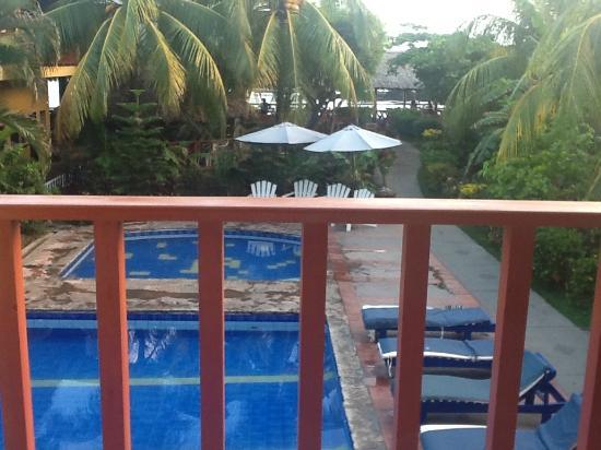 Roca Sunzal Hotel & Restaurant: View from balcony