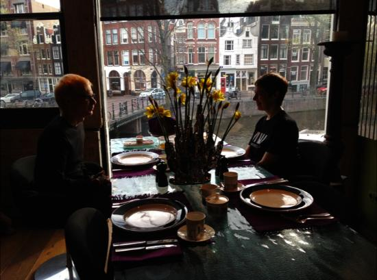 Boutique B&B Kamer01: And your breakfast comes with a view!