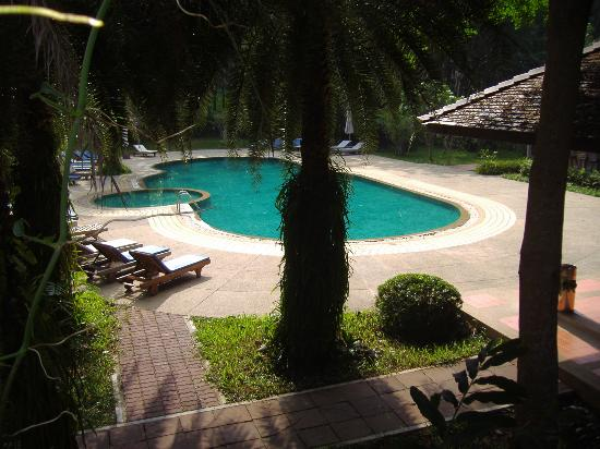 Chang Buri Resort and Spa: Pool Hillside
