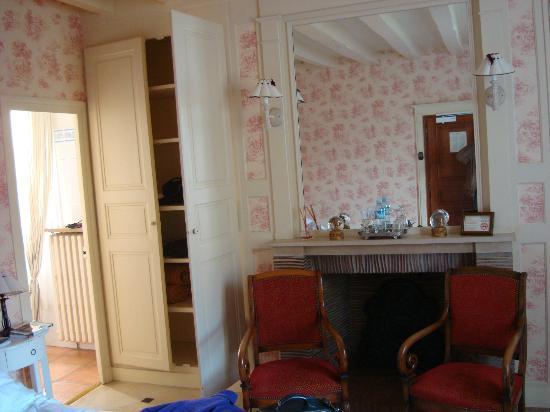 Auberge du Bon Laboureur: Our room