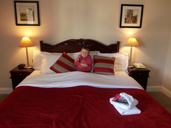 Riverside Hotel Killarney: Hotel Room