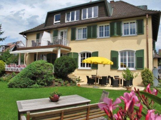 Hotel von Sanden: Gartenansicht