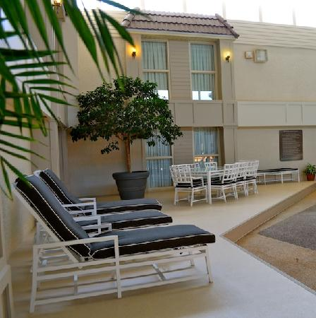 Heritage Inn Hotel & Convention Centre: Indoor Pool